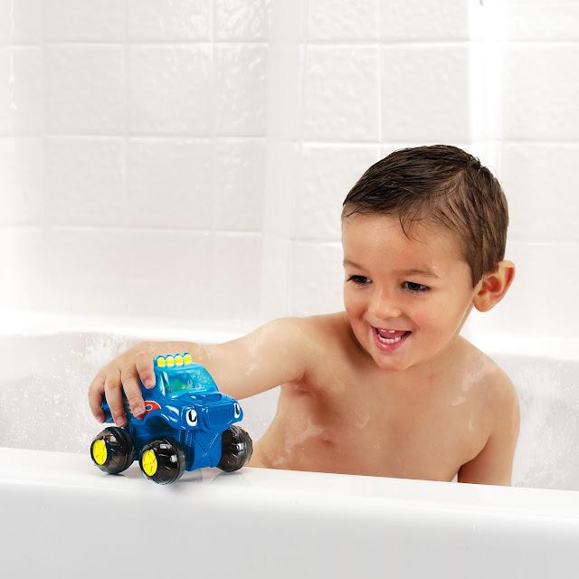 Xe tải đi trên nước Bath Fun Monster Truck Munchkin