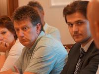 Középen Varga Péter az új mezőgazdasági és környezetvédelmi alelnök (Karva, Komáromi járás) Fotó - KT.JPG