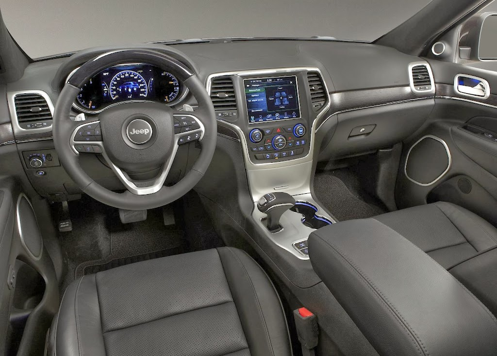 Makyajli-2014-Jeep-Grand-Cherokee-16