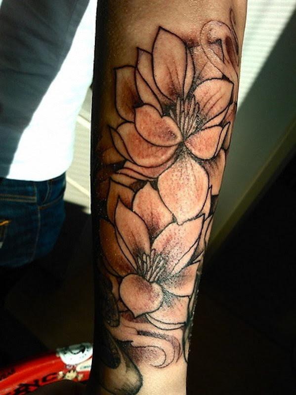 descrito_flor_de_ltus_da_tatuagem