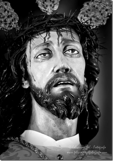 rostro de jesus en blanco y negroif (2)