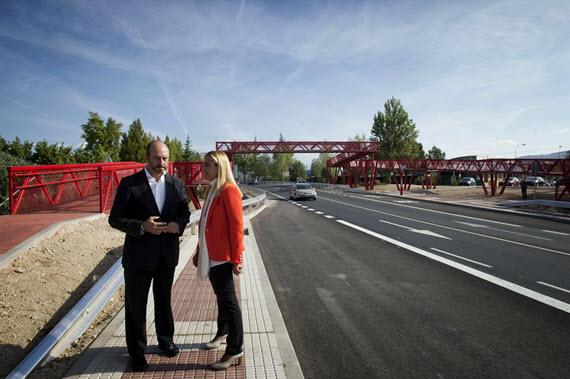 Nuevas pasarelas peatonales sobre las carreteras M-601 y M-513