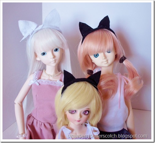 Cat ear headbands for dolls, perfect for Halloween