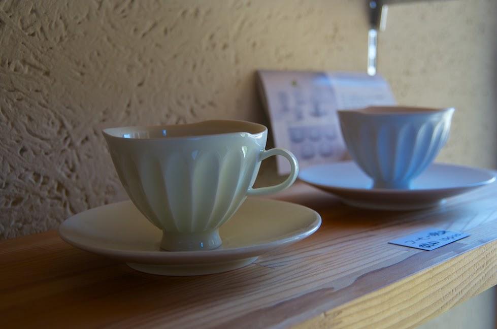 繊細なコーヒーカップ