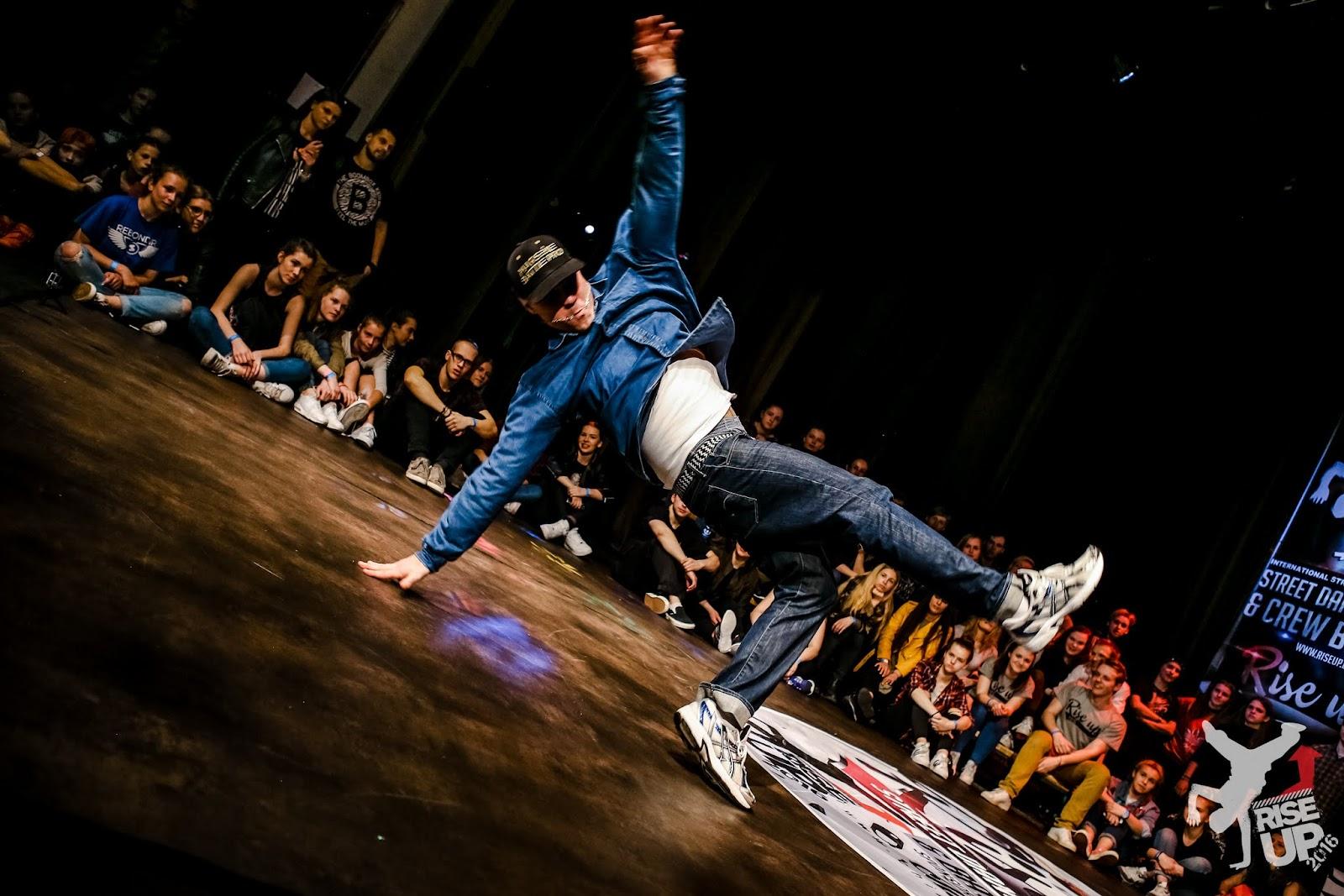 SKILLZ šokėjai dalyvauja RISEUP2016 - x-0827.jpg