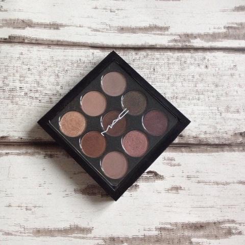 mac times nine burgundy eyeshadow palette