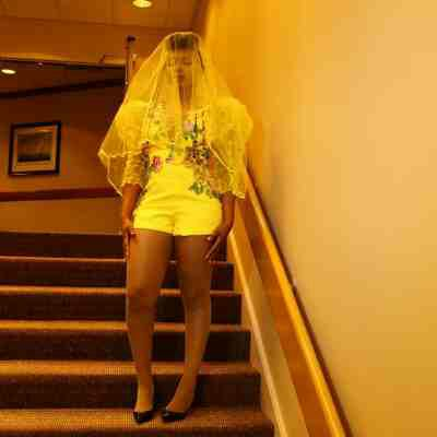 PHOTOS: Yemi Alade Turns Up As Yellow Bride For Chicago Concert