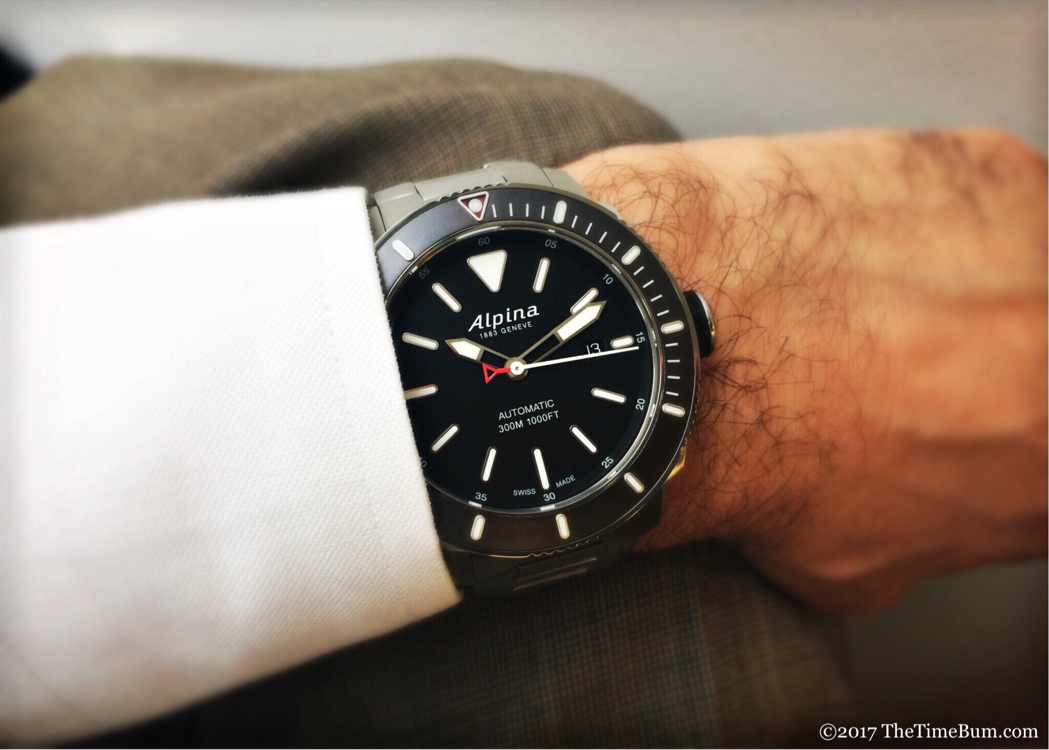 Alpina Seastrong Diver 300 Automatic wrist shot