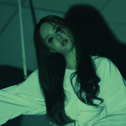 Ритуал голодного призрака (2014) 88092f119709