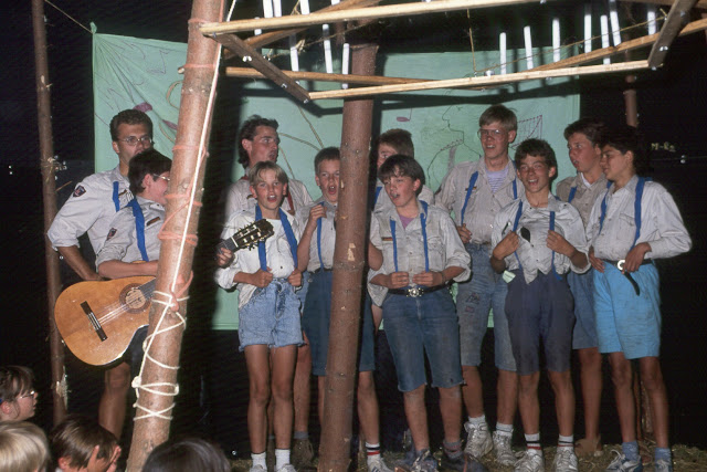 1985-1994 - 359-.jpg
