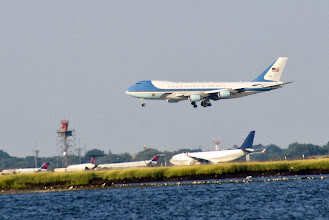 Photo: Air Force One arriving at JFK