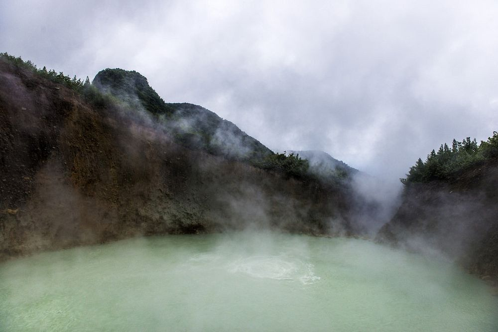 boiling-lake-dominica-3