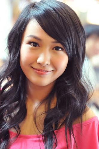 Kathy Yuen / Tong Yee / Tang Yi China Actor