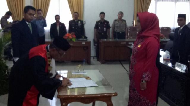 Melda Resmi Jabat Ketua DPRD Kota Mojokerto