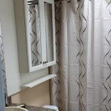 Bathrooms - 20140128_121900.jpg