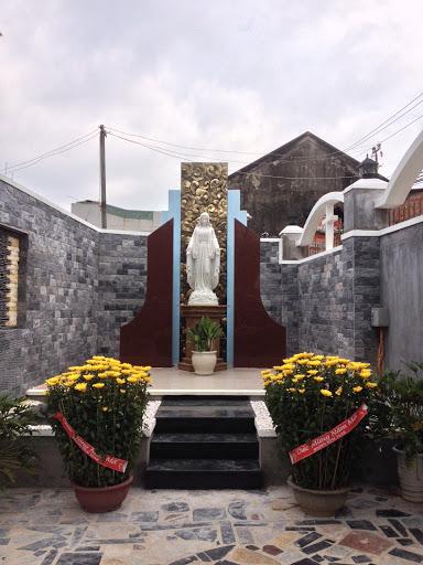 Làm Phép Tượng Đức Mẹ Tại Xuân Quang