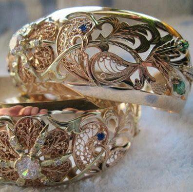 Jeweler Gold