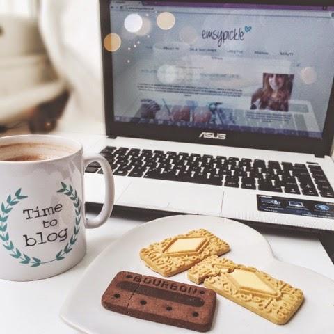 lifestyle-blog-food-blog-healthy-snacks-weight-watchers-weight-loss-biscuits-bourbon-custard-cream