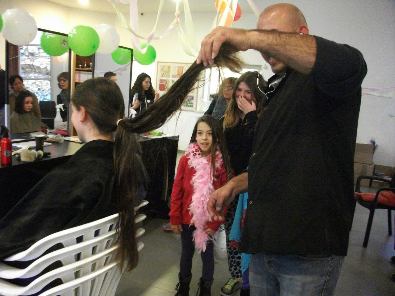 Donating hair for cancer patients 2014  - 10003841_539677266148571_67611622_o.jpg