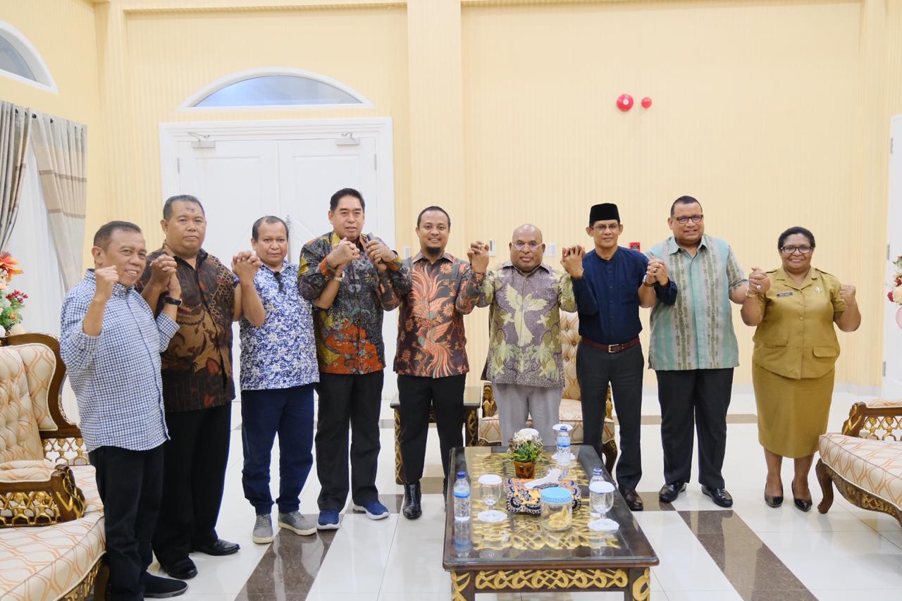 Sebagai Upaya Pemulihan Korban,  Wagub Sulsel Bertemu Gubernur Papua