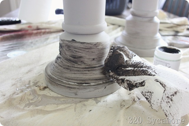 dark wax on chalk paint_thumb[2]