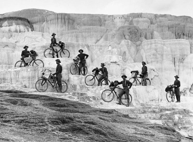 Первый отряд армейских велосипедистов армии США - Iron Riders лейтенанта Мосса