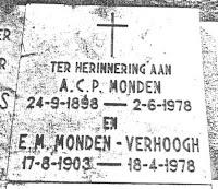 Monden, Antonius Cornelis Petrus en Verhoogh, Elisabeth Maria Grafsteen.jpg