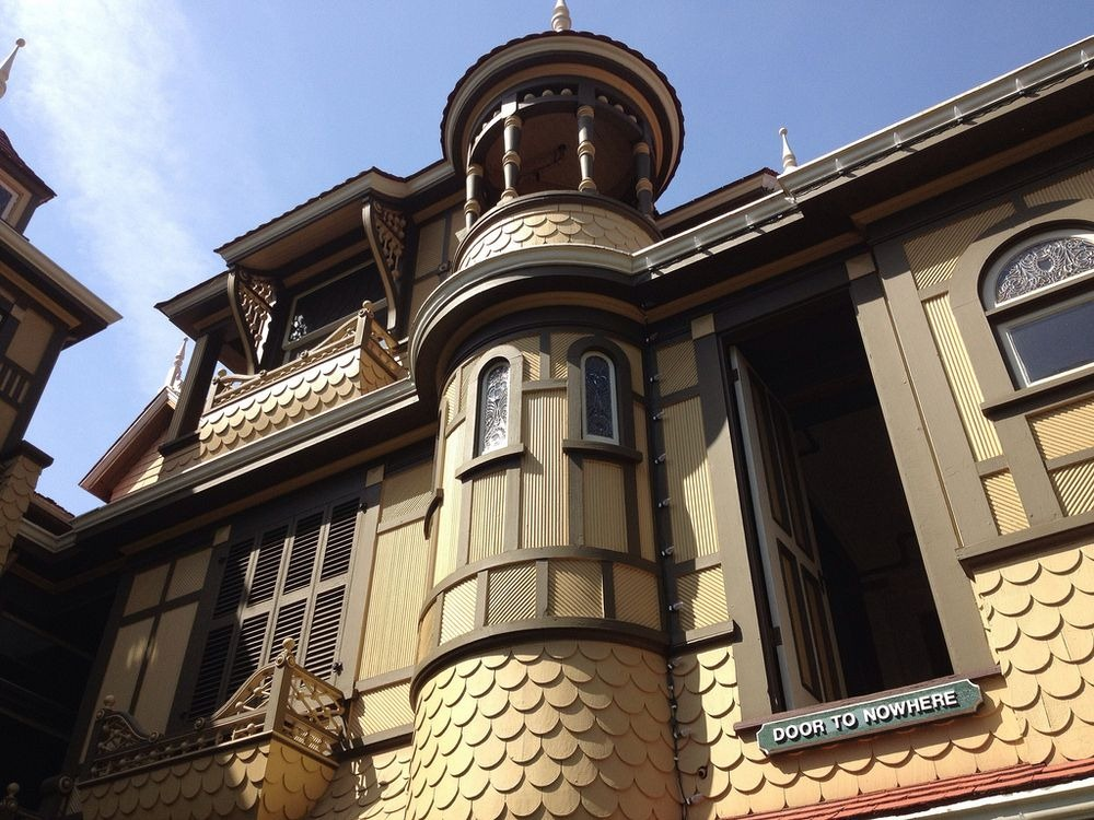 winchester-mystery-house-7