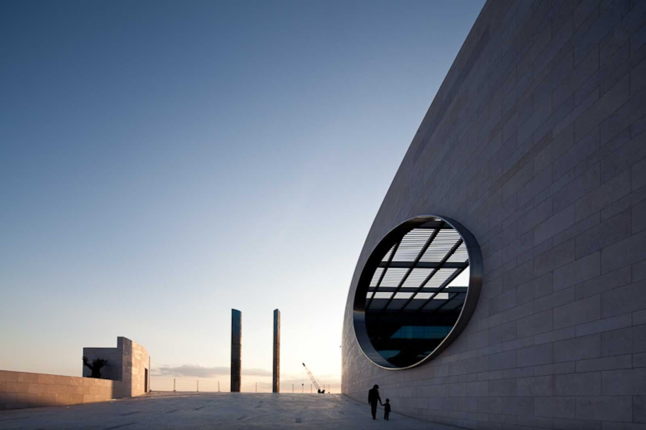 Portugal: CHAMPALIMAUD CENTRE by CHARLES CORREA