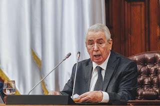Bensalah s'entretient avec Fayez al-Sarraj en marge des travaux du 27ème sommet arabe de Nouakchott