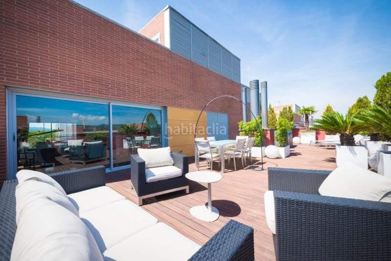 Piso ático De Diseño Y Espectacular Terraza Con Jacuzzi En