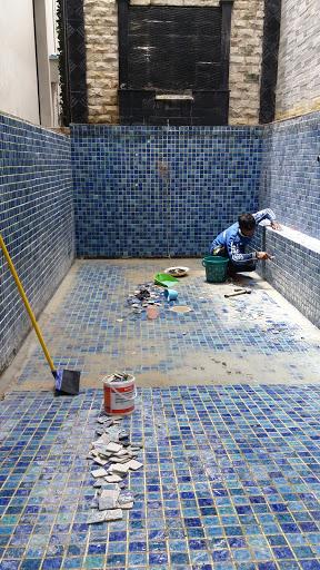 foto perbaikan kolam renang