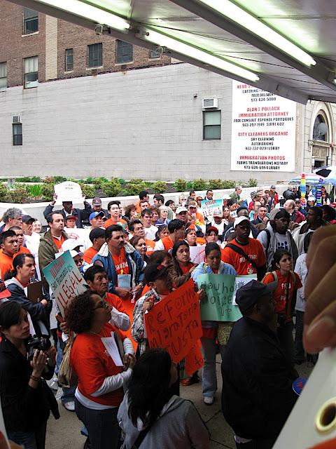 NL- Reforma Migraotria Newark May 1 - IMG_0422.JPG