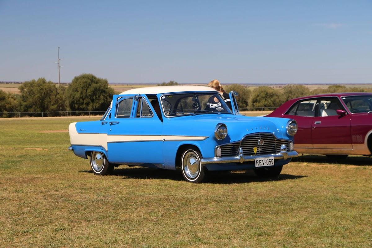 1959 Ford Zephry MK II (01).jpg