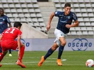 Mehdi Tahrat s'engage pour trois saisons avec Angers