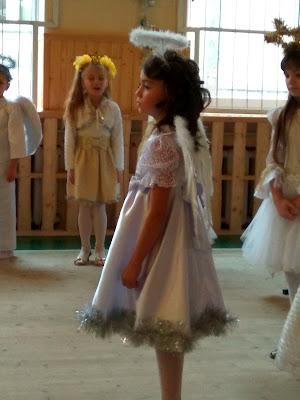А ця дівчинка грала головну роль! Вона дуже талановита!