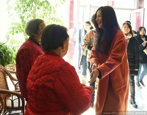 2014.12.18_Triệu Vy đến Sơn Đông tuyên truyền dầu ăn Tây Vương