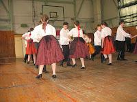 Mórinca tánccsoport előadása.JPG