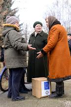 Distribuce hygienických balíčků pro dospělé a pro děti. Mironovskiy, Ukrajina. Foto: Roman Lunin, Člověk v tísni