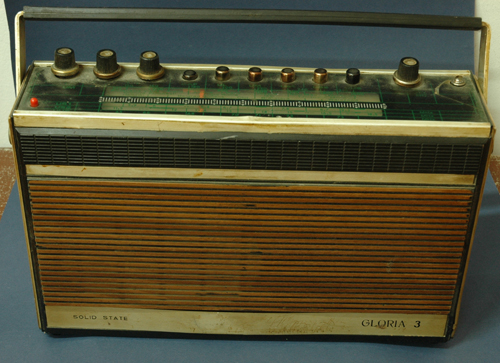 Gloria radio set