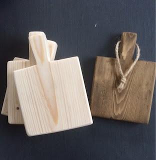 Stoere onderzetters gemaakt van pallethout