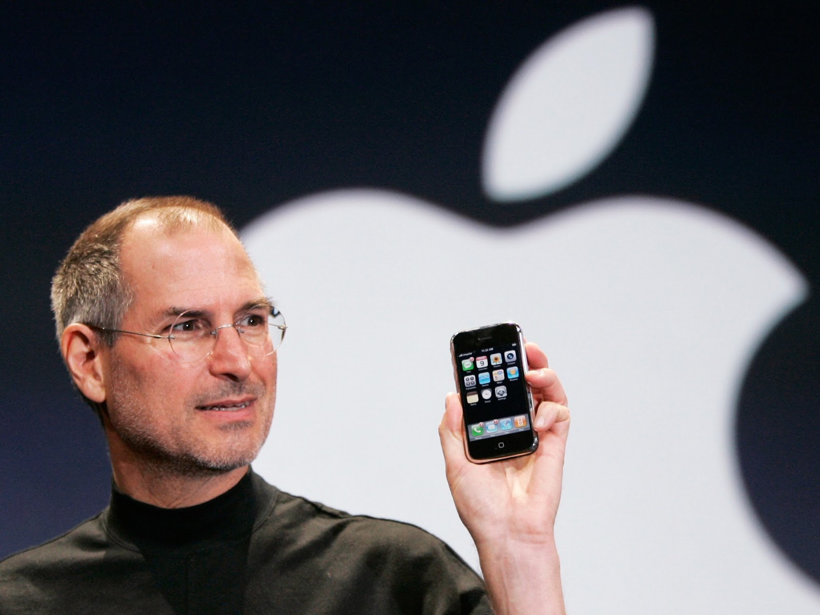 Steve Jobs with Original iPhone