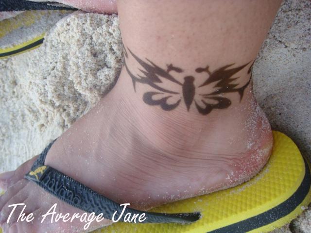 The Average Jane A Piece Of Henna Art Along The Boracay Coast