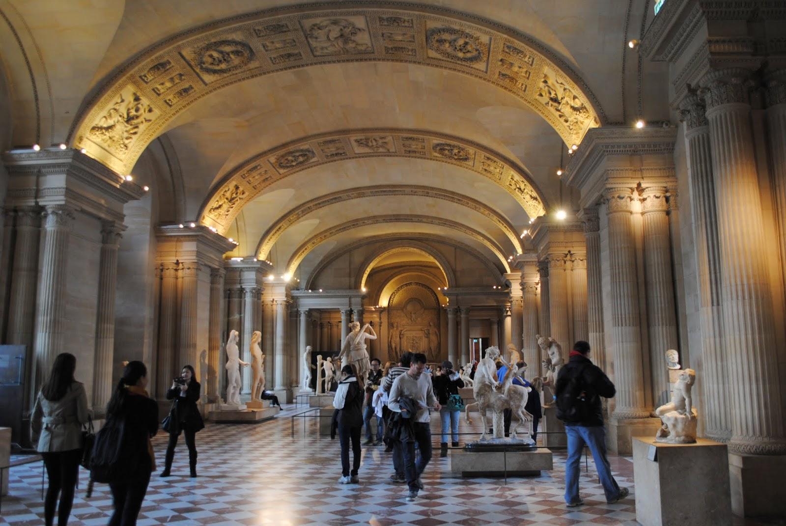 My Photos: France -- Paris -- Musée de Louvre -- Salle des Caryatides