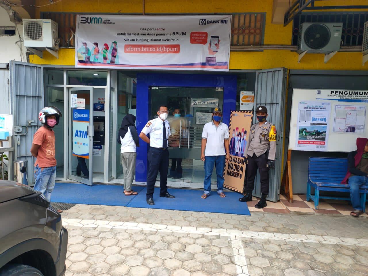 Bhabinkamtibmas Polsek Marioriwawo Imbau Karyawan dan Pengunjung Disiplin 4M