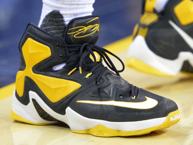 best sneakers 2b6e7 84582 Close up of James Most Recent Nike LeBron 13 Cavs PE ...