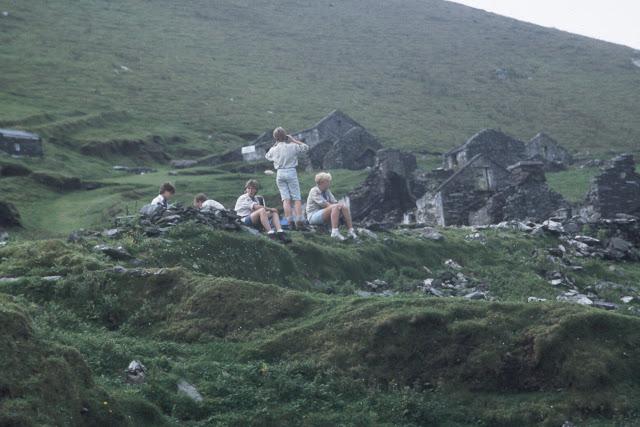 1985-1994 - 675-.jpg