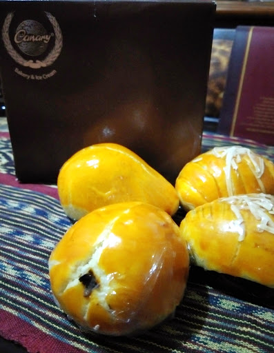 maniak-makan-oleh-oleh-khas-bandung-nastar-canary-bakery