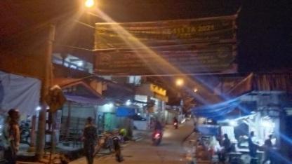 Semangat tak Padam, Giat  Pasang Spanduk Selamat Datang Tim Masev TNI AD di TMMD Kodim Tapsel