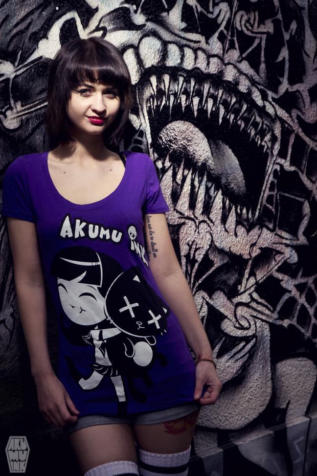 pinup, cosplay model, horror girl, goth girl, tattoo model, alternative model, goth model, akumuink, emo tshirt, japanese streetwear